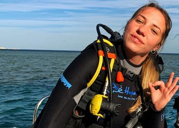 Boat Hostess / PADI Rescue Diver